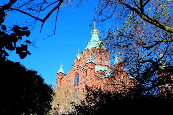 芬蘭 赫爾辛基 山丘上的東正教~紅教堂