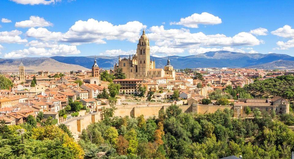 從馬德里出發一日遊!世界遺產城市塞哥維亞7個必去景點