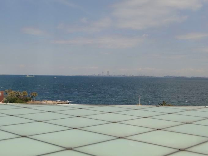 """It is the vast Tokyo Bay on your sight!  Go to """"Yokosuka art museum""""  enjoy art and sea at summer!"""