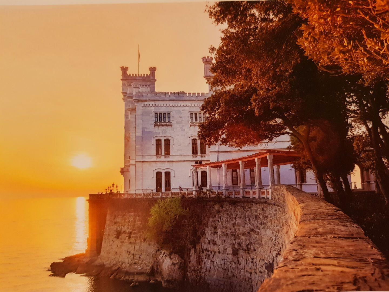 海岸邊上雅緻的Miramare Castle